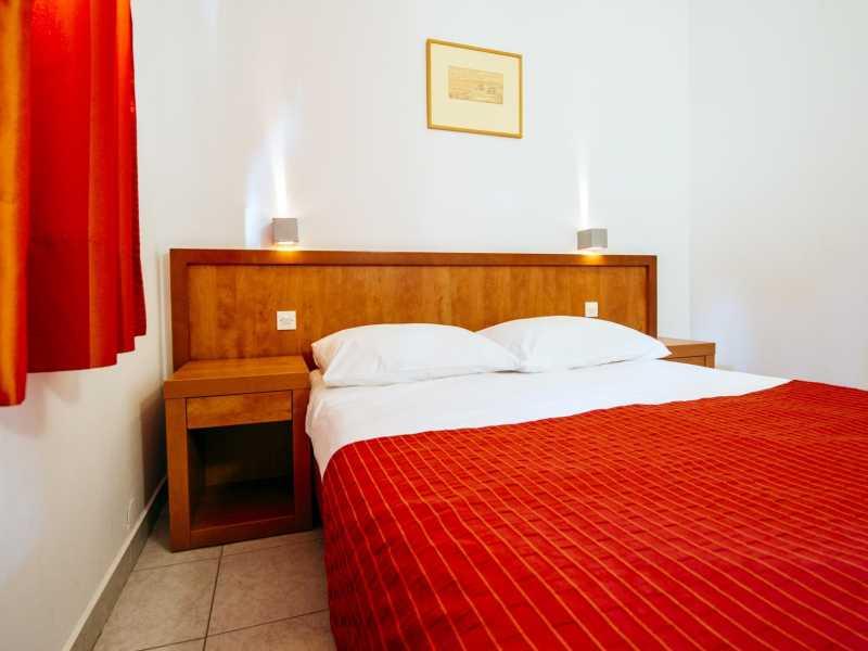 Zaton Holiday Resort appartement AP5 3 sterren slaapkamer