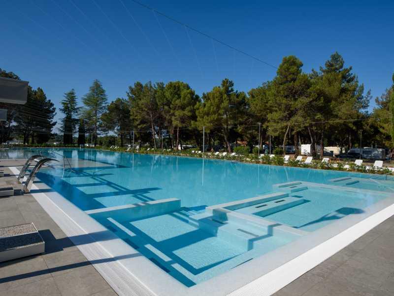 Camping Valkanela Maistra zwembad