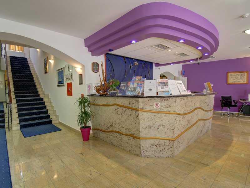 Hotel Komodor ***