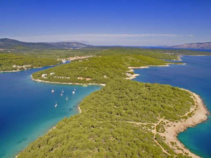 Senses Resort op het eiland Hvar aangeboden door IDRiva Tours