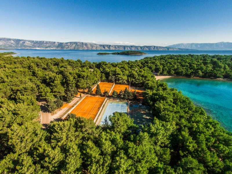 Senses Resort tennisvelden aangeboden door IDRiva Tours