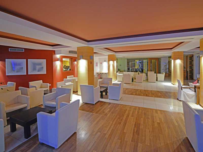 La Luna Island Hotel ****