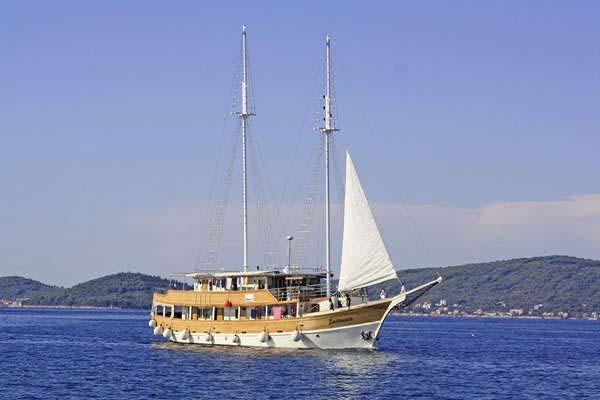M/S LASTAVICA Eilandhoppen Noord-Dalmatië – route ZB