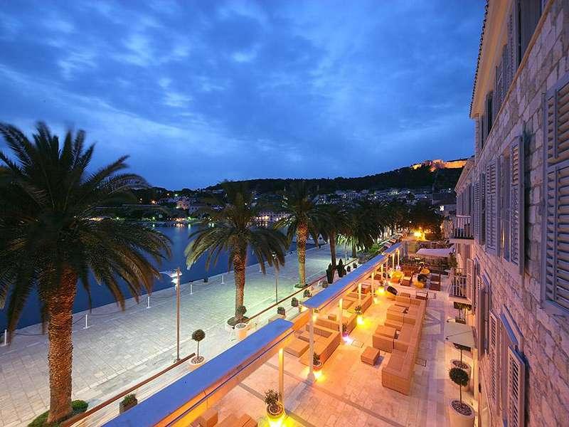 Riva Harbour Hotel **** - Hvar - Kroatië - Midden-Dalmatië