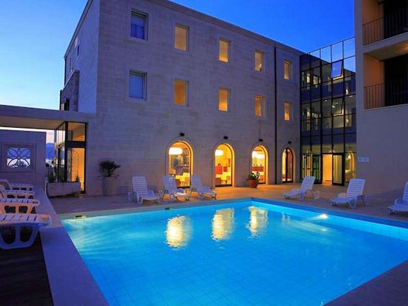 Hotel Lipa **** - Kroatië - Midden-Dalmatië - Postira