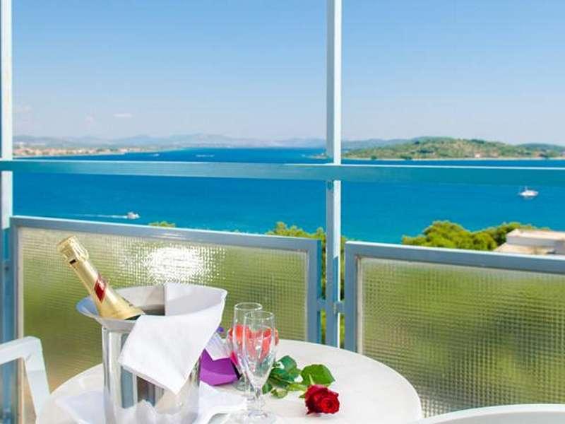 Hotel Punta & Dependance Villa Arausa **** - Kroatië - Noord-Dalmatië - Vodice