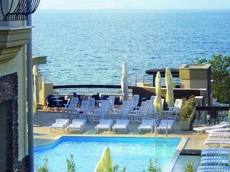 Hotel Blue Waves Resort **** - Eiland Krk - Kroatië - Kvarner Baai