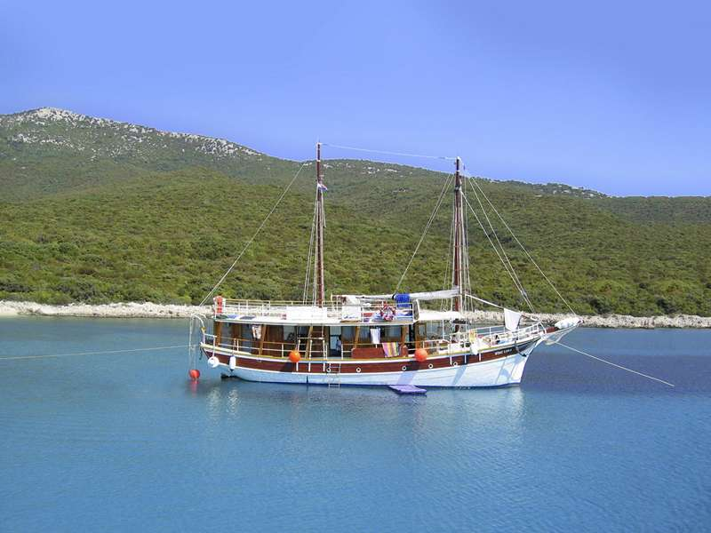 Blue cruise - M/S OTAC LUKA Piraten Cruise Kvarner Regio – route RP
