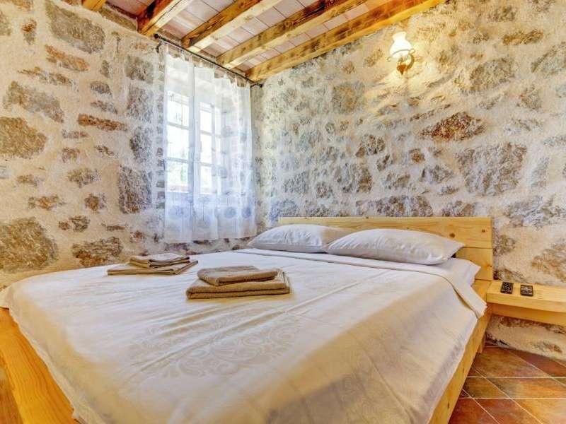 Villa Ivana - Kroatië - Noord-Dalmatië - Starigrad-Paklenica