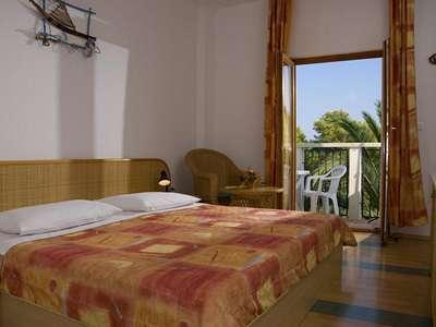Hotel Villa Adriatica ****  Adult only - Kroatië - Midden-Dalmatië - Supetar